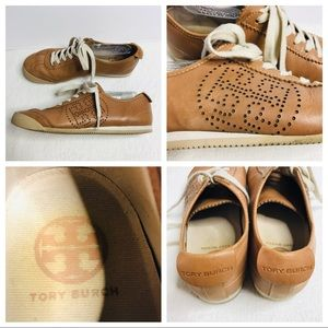 Tory Burch Tan Leather Sneakers 9 M Logo Sides
